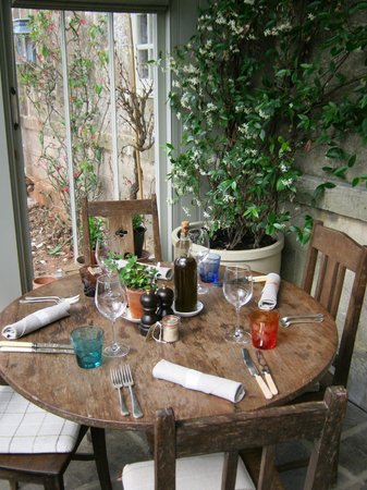 The Pig near Bath: Conservatory dining setting