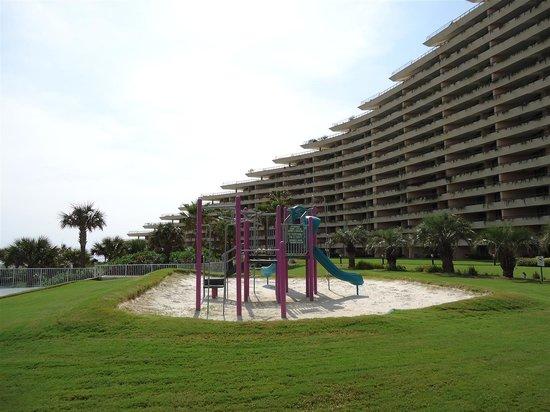 Edgewater Beach Condominium: Playground