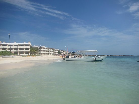 Excellence Riviera Cancun : view towards Cancun