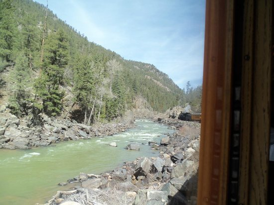 Durango and Silverton Narrow Gauge Railroad and Museum: Beautiful views