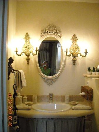 La Maison des Vignes de Verzenay : bathroom
