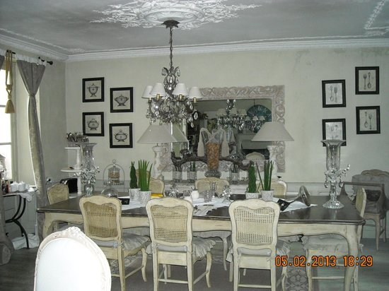 La Maison des Vignes de Verzenay: dining room