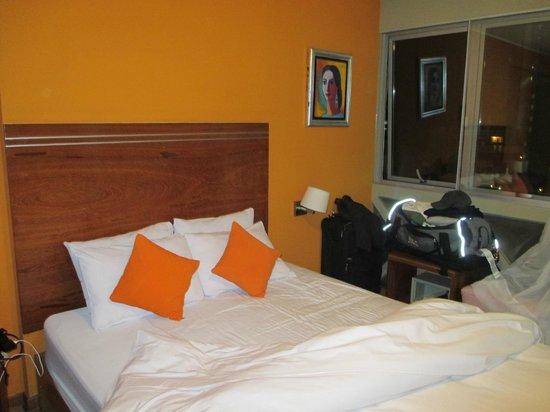Hotel Runcu Miraflores: Hotel Room