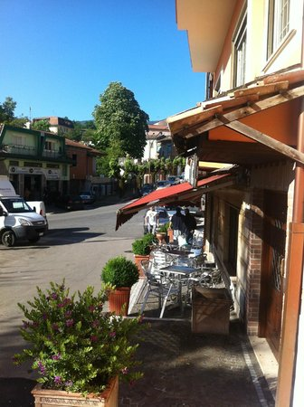 La Villa Hotel Ristorante : Bar neben dem Hotel