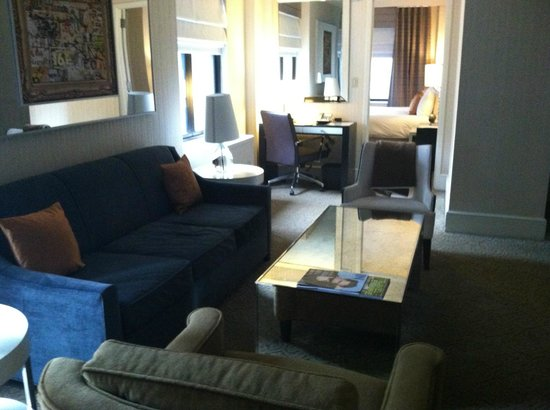 The Benjamin: One-bedroom suite living area
