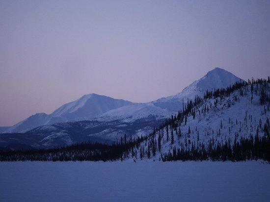 Iniakuk Lake Wilderness Lodge: Arctic dawn