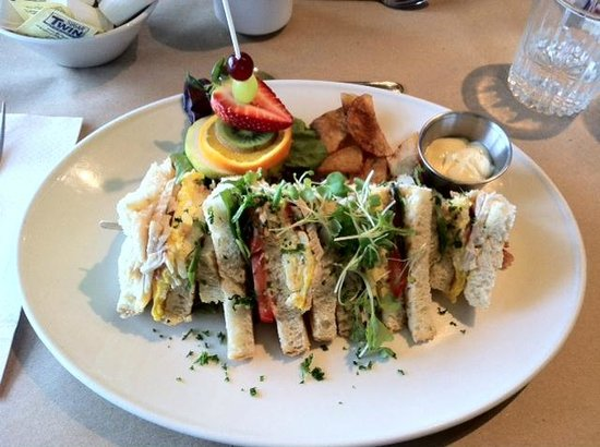 Chocolaterie=Boulangerie-Restaurant Belge : Club Sandwich