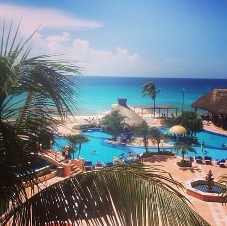 El Cozumeleño Beach Resort: view from 3rd floor room-LOVE!