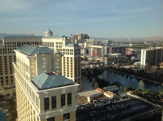 Vdara Hotel & Spa : View from 40024 Corner Suite