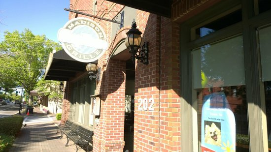 Madison Chop House Grille: Entrance