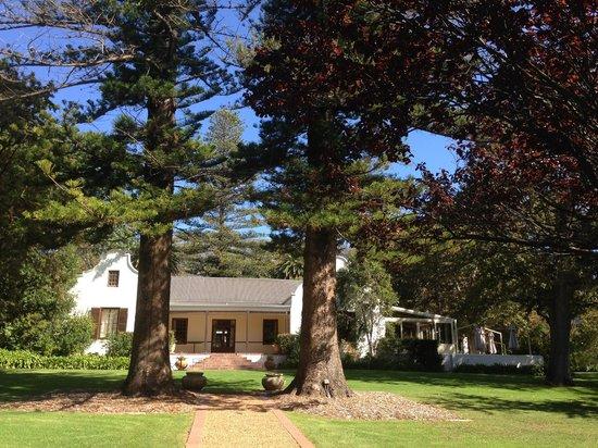 La Colombe: Estate House
