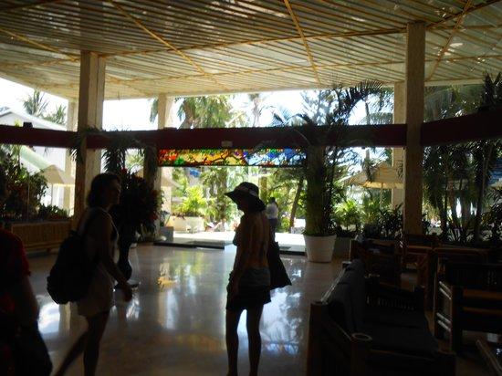 Decameron Marazul: Entrada do Hotel