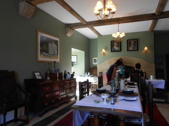 Hellifield Peel Castle: dining room