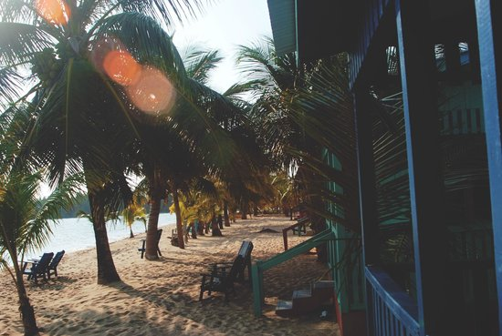 Tradewinds Hotel: View of the Cabana's at Tradewinds