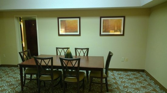 Doubletree by Hilton Augusta: Dining area