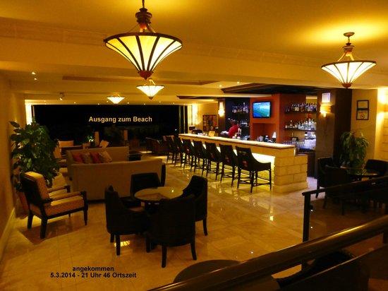 Ocean Two Resort & Residences: Blick ins Hotelfoyer