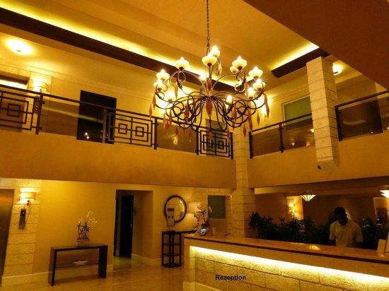 Ocean Two Resort & Residences: Rezeptionsbereich