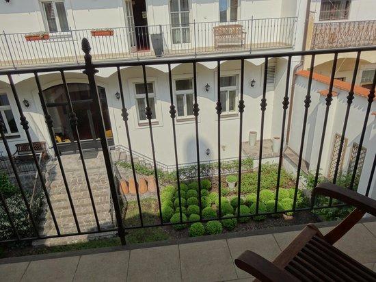 Angelis : балкончик