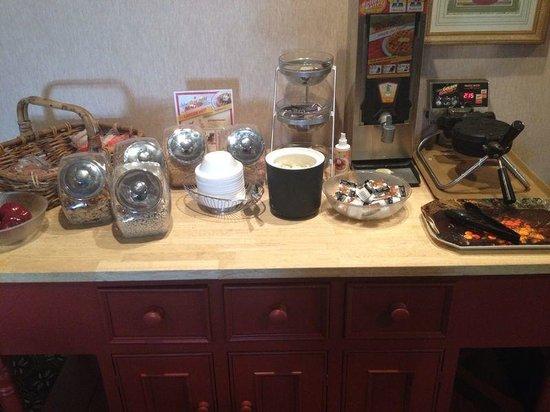 Trip Hotel Ithaca: Breakfast
