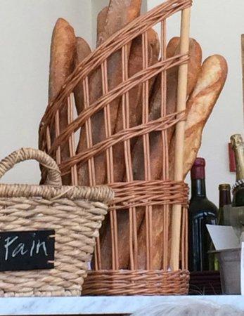Meritage : Wonderful crusty bread