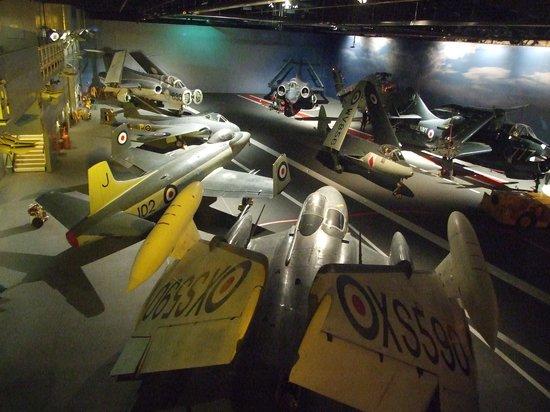 Fleet Air Arm Museum : the carrier deck
