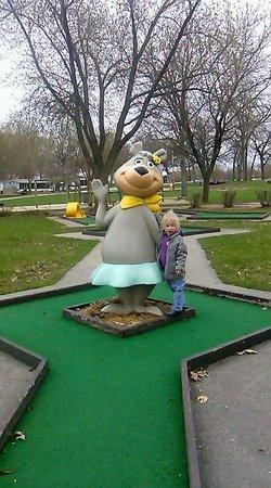 O'Connell's Yogi Bear Park: mhc O'Connell's Amboy, IL- mini golf