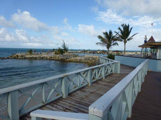 Ocean Point Resort & Spa: private dock