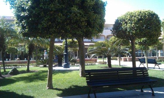 Iberostar Andalucia Playa: Jardines
