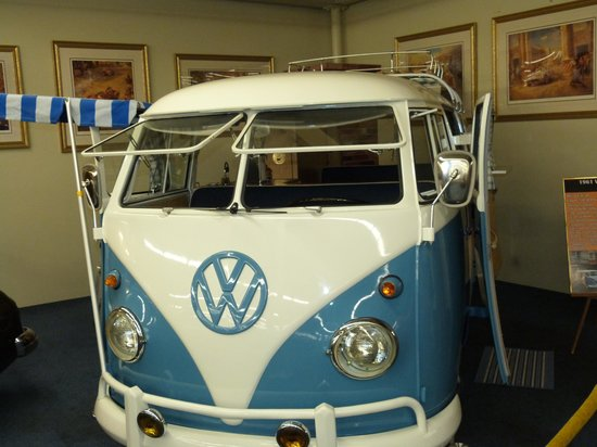 The Auto Collections : Lots to see