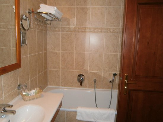 Boutique Hotel Constans : Bathroom2