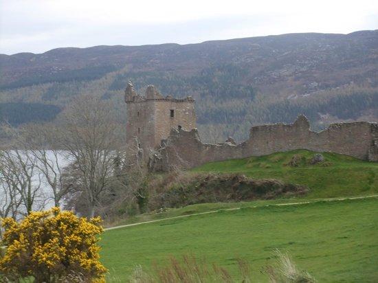 Loch Ness Lodge: Urquhart Castle