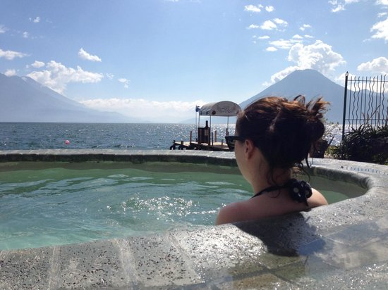 Club Ven Aca : Hot tub with a view!