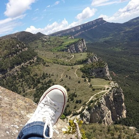 Spanish Trails Day Tours and Events : Converse over the world