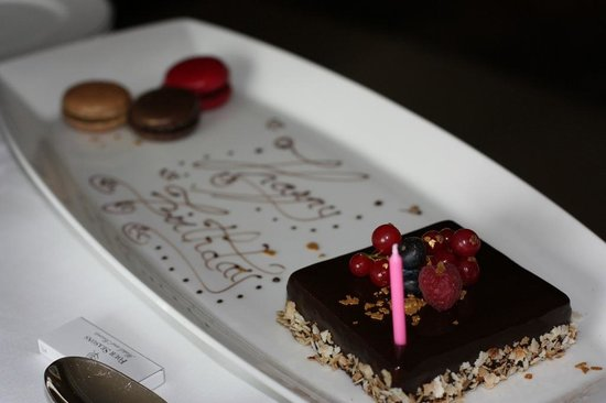 Four Seasons Hotel London at Park Lane: Birthday Treat
