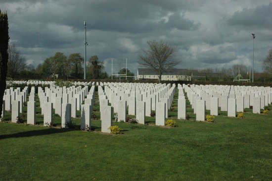 Cimetière Militaire Britannique : British War Cemetery in Bayeux
