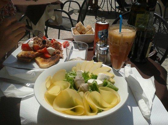 Tosca Cafe: Da leccarsi i baffi!