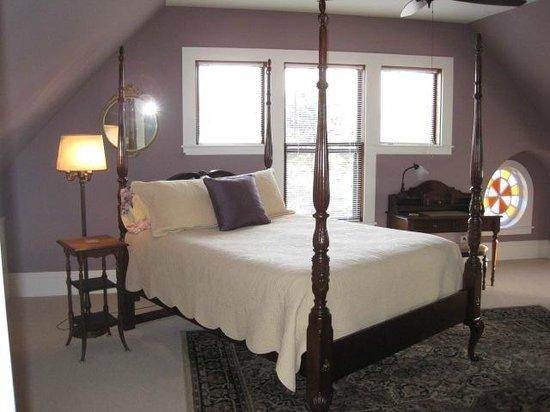 Angel of the Berwicks: Niagara Falls Suite