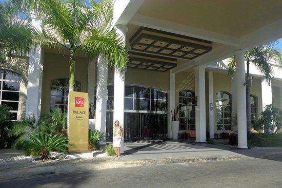 Hotel Riu Palace Bavaro : Entrada principal