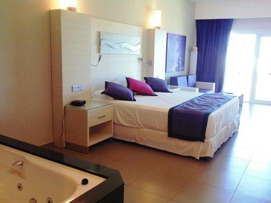 Hotel Riu Palace Bavaro: Suite junior