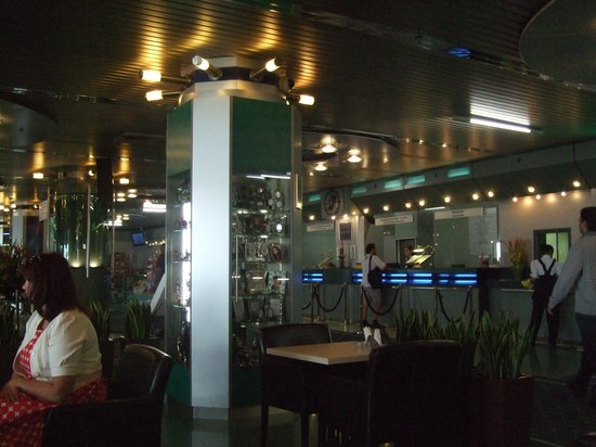 Best Western Plus Vega Hotel & Convention Center : lobby