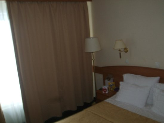 Vega Hotel & Convention Center : the room