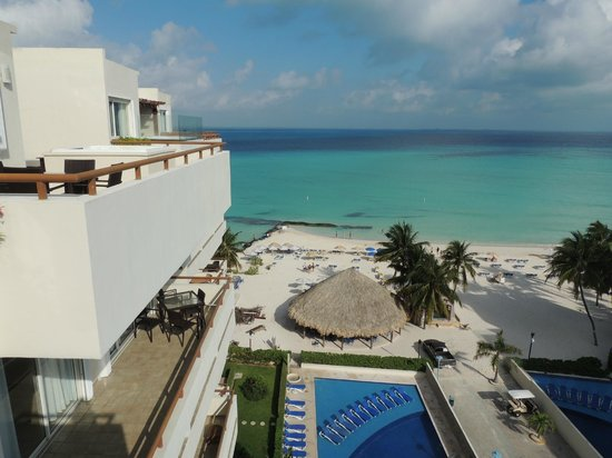 Ixchel Beach Hotel : view  of beach/pool from a room