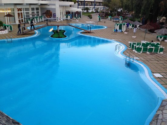 Aguamarina Golf Hotel: pool area