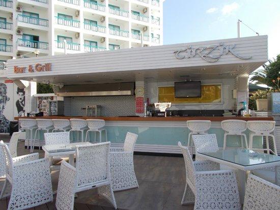 Hotel Cettia Beach Resort: Tirzik Bar