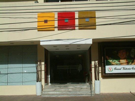 Hodelpa Centro Plaza Hotel : ENTRANCE