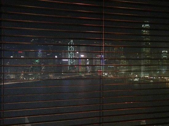 Felix: Vista della baia di Hong Kong