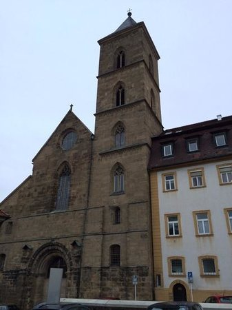 Arkaden Hotel im Kloster : side facade