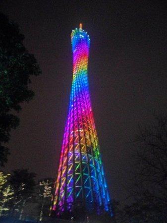 Canton Tower : башня2