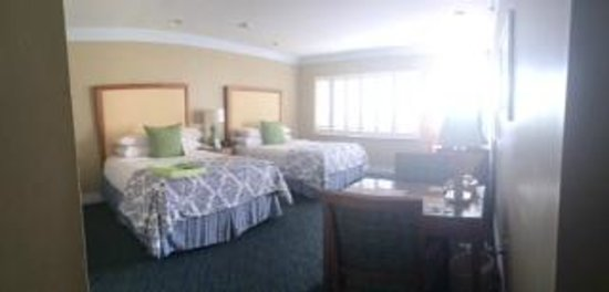 The Naples Beach Hotel & Golf Club: room 436 main building