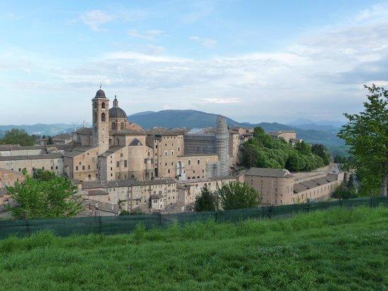 Урбино, Италия: Vista dal parco